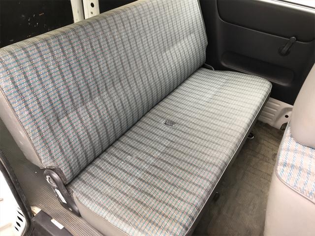 4WD エアコン AT 軽バン スライドドア ホワイト(10枚目)