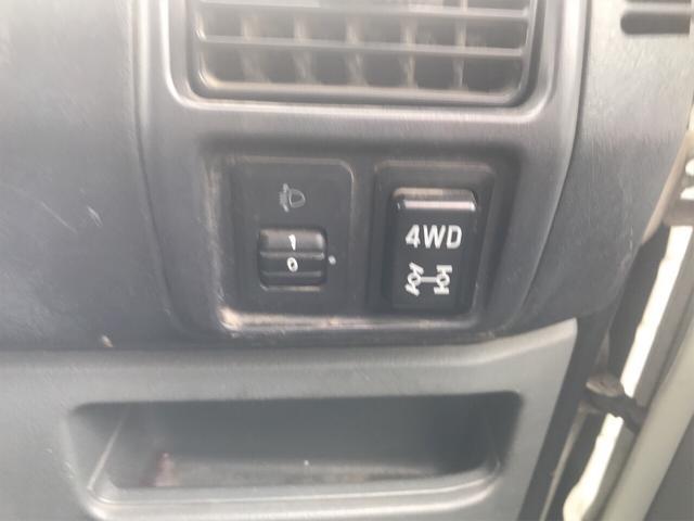 4WD エアコン マニュアル 軽トラック ホワイト(8枚目)