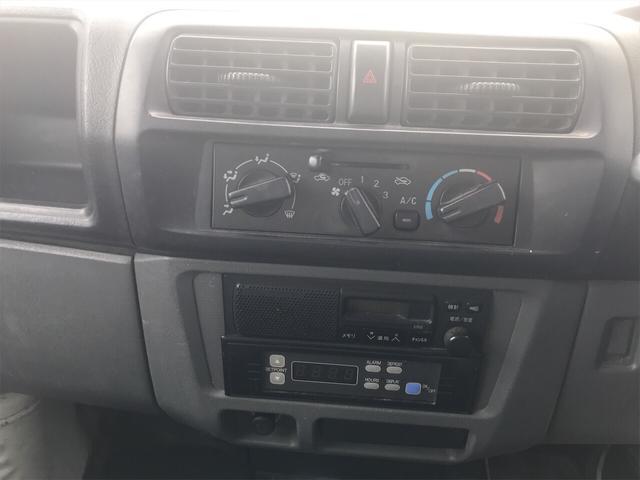 4WD エアコン マニュアル 軽トラック ホワイト(9枚目)