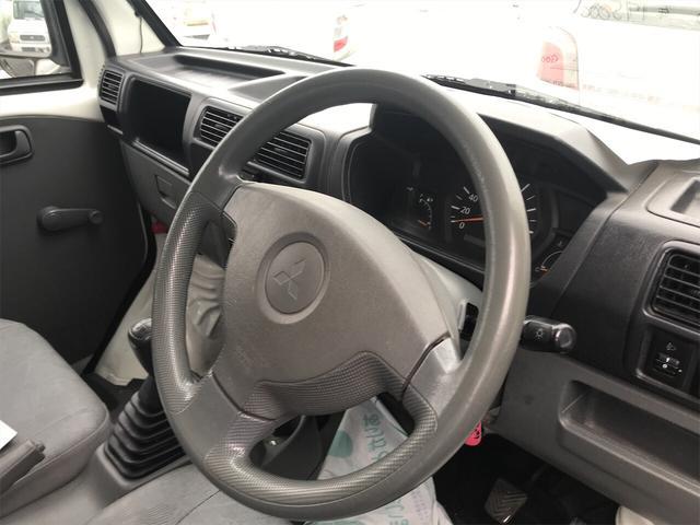 4WD AC MT 軽トラック オーディオ付 ホワイト(7枚目)