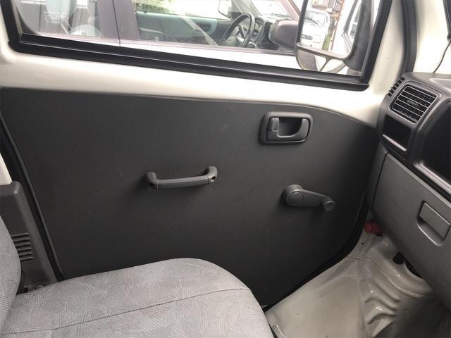 4WD AC MT 軽トラック オーディオ付 ホワイト(14枚目)