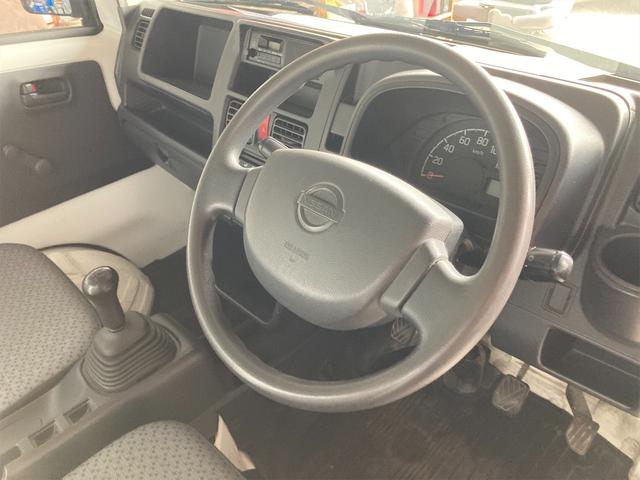 4WD エアコン 5速マニュアル PS ホワイト パワステ(4枚目)