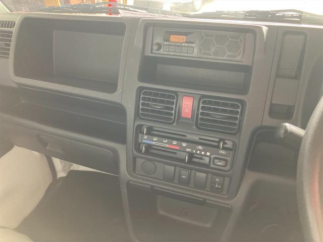 4WD エアコン 5速マニュアル PS ホワイト パワステ(6枚目)