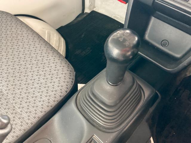 4WD エアコン 5速マニュアル PS ホワイト パワステ(7枚目)