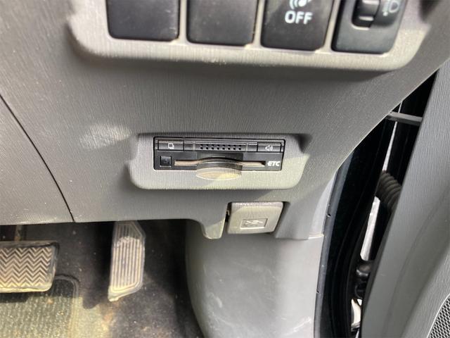 S ナビ CVT AW ETC スマートキー オーディオ付 ブラック AC 後席モニタ 7名乗り(9枚目)