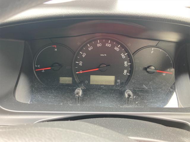 4WD ワンボックス AC オーディオ付 AT(9枚目)