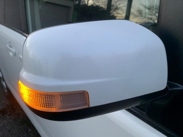 ミラーウィンカーがついておりますので対向車や歩行者からの視認性もよく安全面も◎です♪