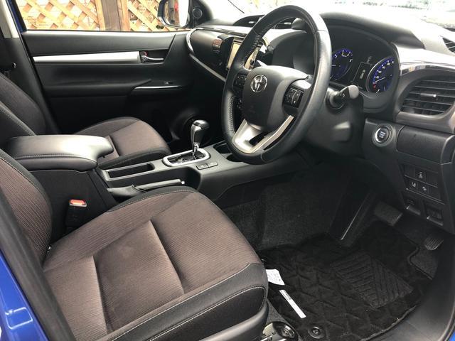 Z 4WD ナビ バックカメラ TRDパーツ ワンオーナー ETC2.0 フルセグTV 純正アルミホイール プリクラッシュセーフティ レーンディパーチャーアラート ミラーウィンカー クルコン 冬タイヤ付き(8枚目)