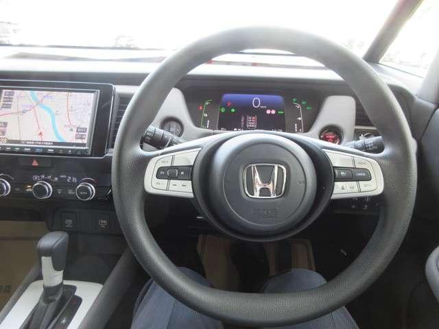 e:HEVクロスター 4WD CD フルセグ スマートキー バックモニター 横滑防止装置(16枚目)