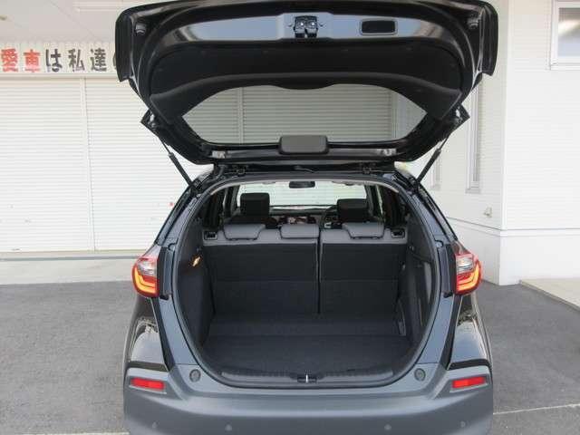 e:HEVクロスター 4WD CD フルセグ スマートキー バックモニター 横滑防止装置(18枚目)