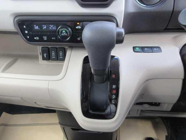G・Lホンダセンシング 4WD 片側パワースライドドア スマートキー ETC CD バックモニター ベンチシート LED(11枚目)