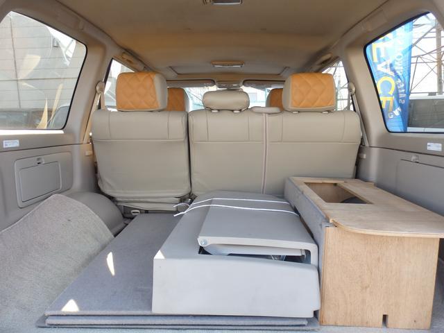 トヨタ ランドクルーザー100 VXリミテッドディーゼルターボマルチレスサンルーフ背面レス