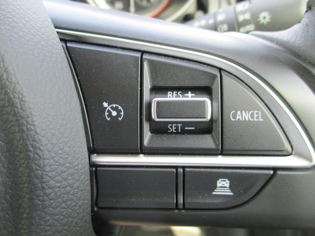 車速維持のクルーズコントロール付いてます!高速道路の走行も快適ですね!
