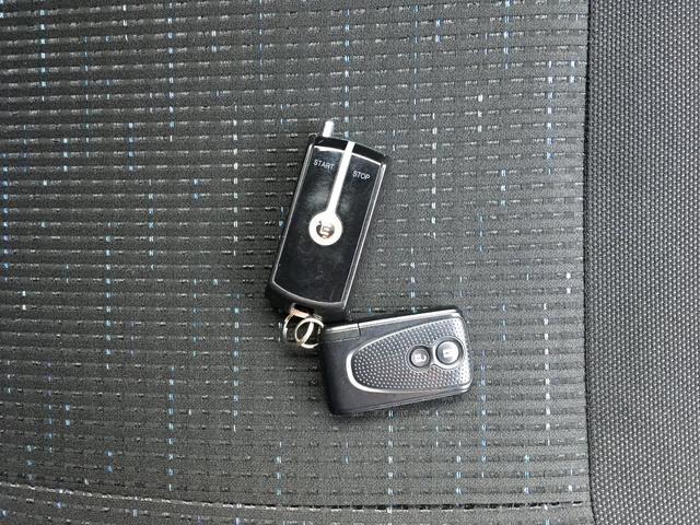スバル ステラ カスタムR 2年保証 4WD CVT HID スマートキー