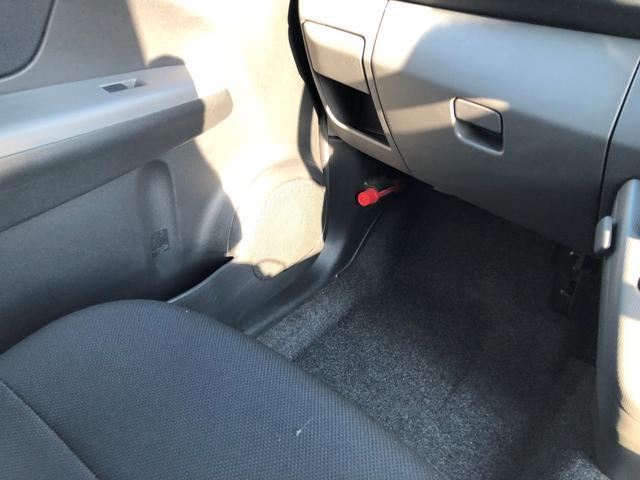 カスタムR 2年保証 4WD CVT キーレス 電格ミラー(9枚目)