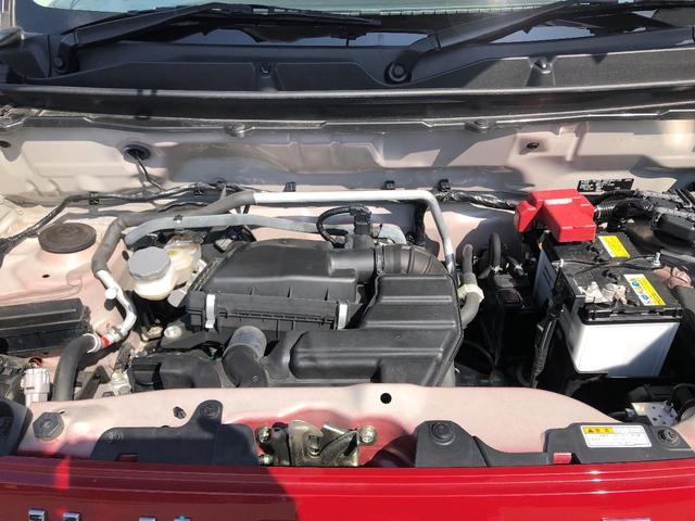 エンジンルームも綺麗♪見えない所まで綺麗にしております♪納車前にもう一度ピカピカに仕上げます♪