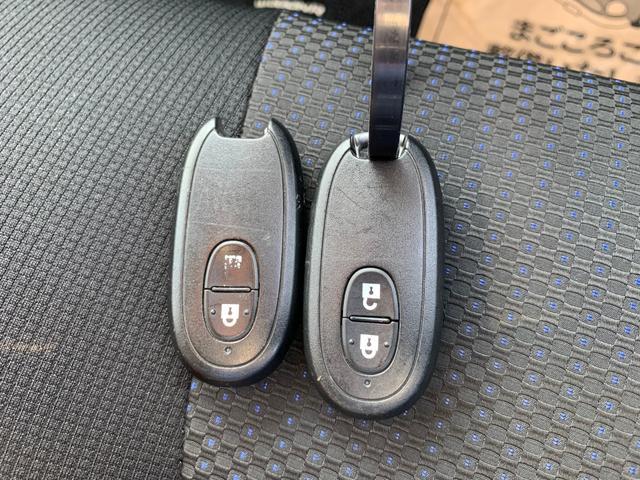 X 2年保証 4WD CVT スマートキー HID(13枚目)