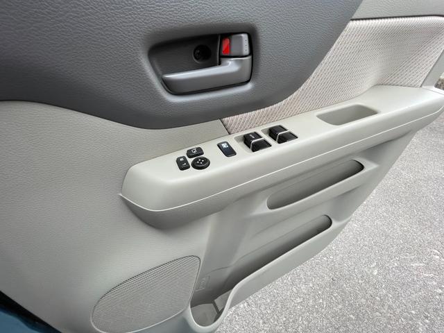 X 2年保証 4WD CVT カーナビ バックカメラ スマートキー 片側パワースライドドア(13枚目)