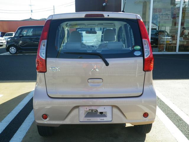 E シートヒーター/電動格納ミラー/UVカットガラス/CD/保証付(12枚目)