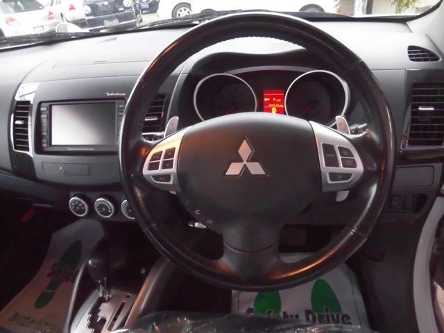24G HDDナビ 切り替え4WD 7人乗り 1年保証(9枚目)