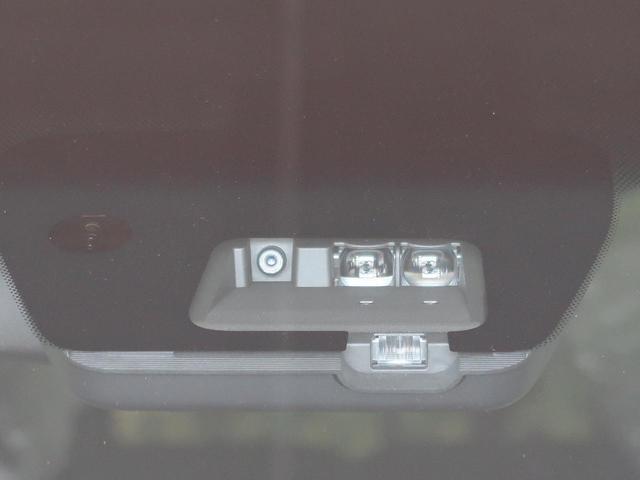 G パワーパッケージ 11型BIG-X 4WD 衝突軽減装置 車線逸脱警報 レーダークルーズ パドルシフト 両側電動ドア 横滑防止装置 パワーバックドア 3列シート スマートキー LEDヘッドライト 純正18インチAW(5枚目)