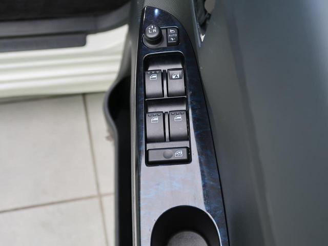 カスタムX トップエディションSAII 純正9型SDナビ 禁煙車 スマートアシスト 電動スライドドア バックカメラ Bluetooth接続 横滑り防止 ETC スマートキー LEDヘッド オートライト オートエアコン ハーフレザーシート(33枚目)