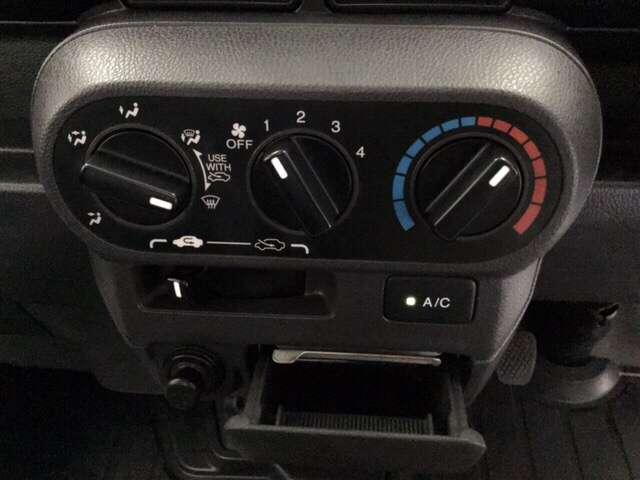 アタック AC 運転席エアバッグ キーレス付 パワーウィンド フルタイム4WD P/S CDコンポ(11枚目)