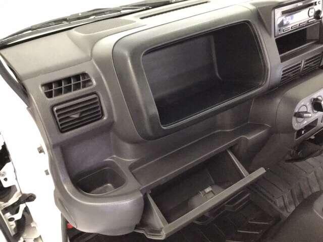 アタック AC 運転席エアバッグ キーレス付 パワーウィンド フルタイム4WD P/S CDコンポ(16枚目)