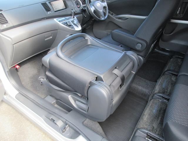 プラタナ Uセレクション 4WD 両側パワースライドドア パワーバックドア 新品夏用タイヤ付き 純正HDDナビ 純正バックモニター フルセグTV CD録音再生&DVD再生 SDオーディオ対応 ボタン切替式パートタイム4WD(46枚目)