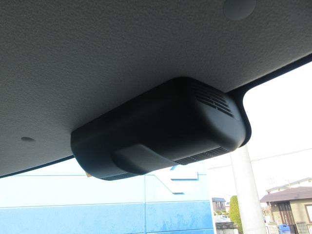 ハイブリッドXSターボ 4WD 全方位モニターパッケージ デュアルセンサーブレーキ&スズキセーフティサポート 寒冷地仕様 届出済未使用車 両側パワースライドドア ヘッドアップディスプレイ コーナーセンサー シートヒーター(7枚目)