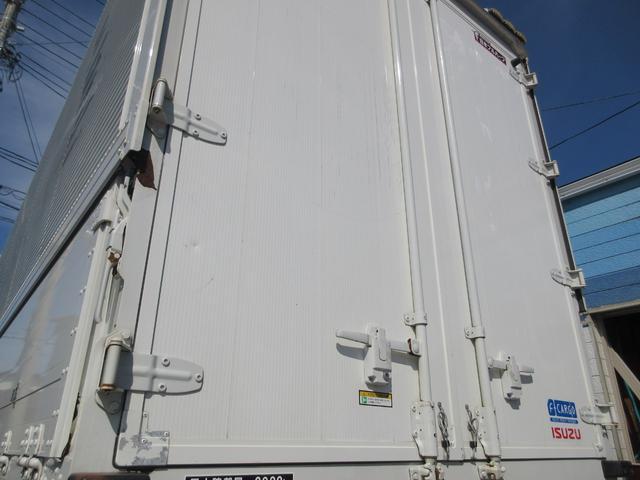 アルミウィング 最大積載量2800kg  導風板 シルバーメッキフロントバンパー&サイドミラー  バックモニター 荷室サイドラッシングレール アルミホイール 荷室内寸長さ620cm・幅222cm・高さ242cm(26枚目)