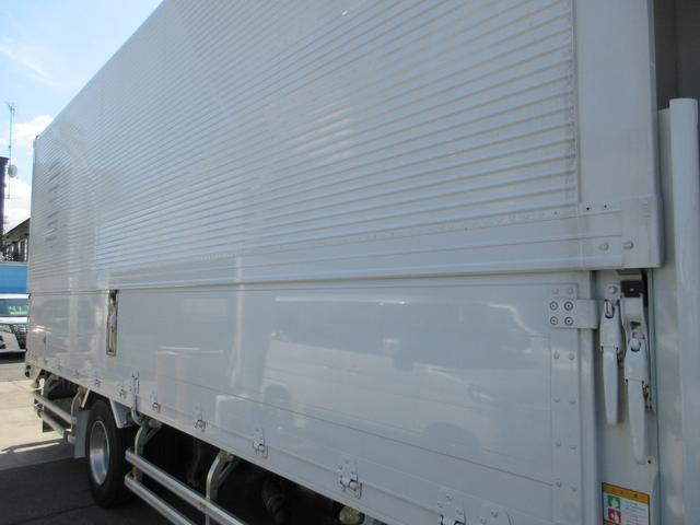 アルミウィング 最大積載量2800kg  導風板 シルバーメッキフロントバンパー&サイドミラー  バックモニター 荷室サイドラッシングレール アルミホイール 荷室内寸長さ620cm・幅222cm・高さ242cm(28枚目)