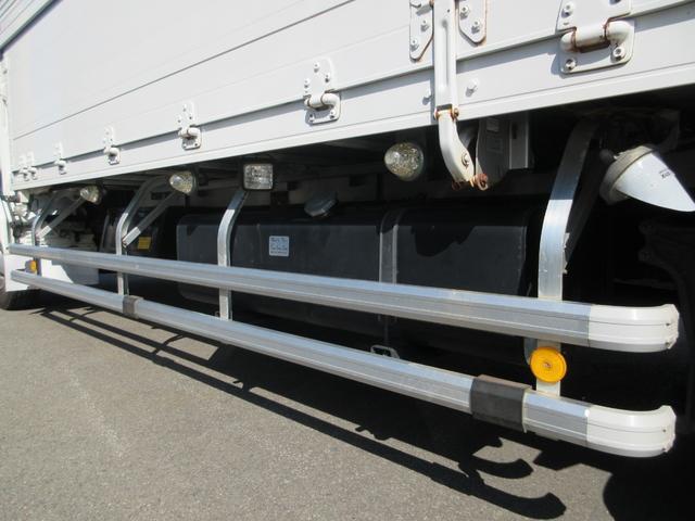 アルミウィング 最大積載量2800kg  導風板 シルバーメッキフロントバンパー&サイドミラー  バックモニター 荷室サイドラッシングレール アルミホイール 荷室内寸長さ620cm・幅222cm・高さ242cm(40枚目)