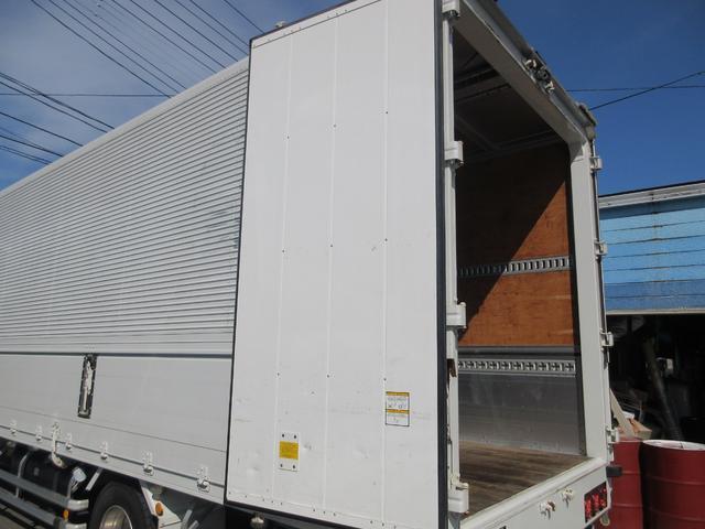 アルミウィング 最大積載量2800kg  導風板 シルバーメッキフロントバンパー&サイドミラー  バックモニター 荷室サイドラッシングレール アルミホイール 荷室内寸長さ620cm・幅222cm・高さ242cm(42枚目)