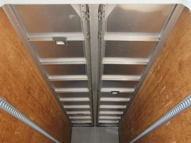アルミウィング 最大積載量2800kg  導風板 シルバーメッキフロントバンパー&サイドミラー  バックモニター 荷室サイドラッシングレール アルミホイール 荷室内寸長さ620cm・幅222cm・高さ242cm(49枚目)