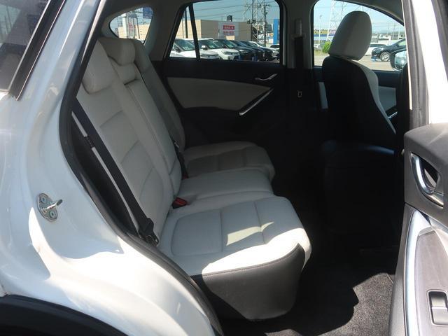 XD Lパッケージ 後期型 コネクトナビ BOSEサウンド 白革シート 禁煙車 衝突被害軽減装置 レーダークルーズコントロール ブラインドスポットモニター レーンキープアシスト バックモニター LEDヘッドライト ETC(10枚目)