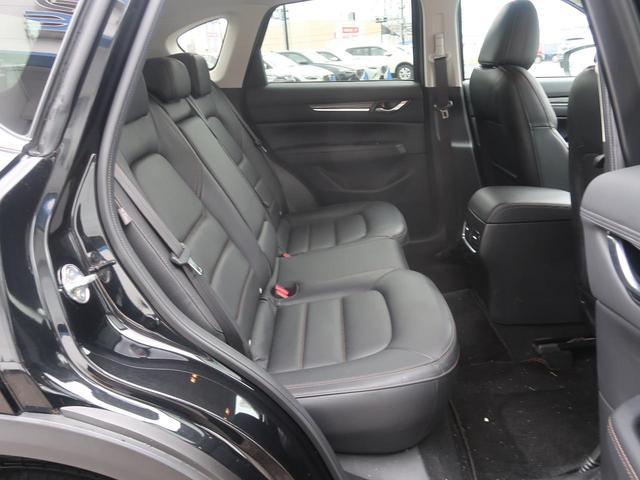XD Lパッケージ 4WD BOSEサウンド 禁煙 純正SDナビ フルセグTV バックカメラ 黒革シート シートヒーター LEDヘッドライト 衝突被害軽減装置 レーダークルーズコントロール パワーバックドア スマートキー(13枚目)