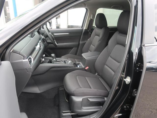 XD スマートエディション 登録済未使用車 新型10.25型ナビ 360度ビューモニター フルセグ レーダークルーズコントロール クリアランスソナー LEDヘッドライト スマートキー 純正17インチアルミホイール 禁煙車(26枚目)