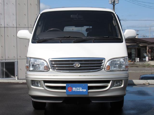 リビングサルーンEX4WD8人乗ディーゼルSDナビ関東仕入(4枚目)
