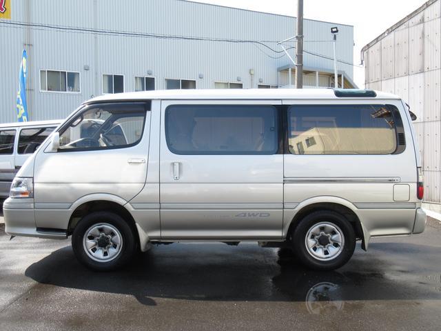 リビングサルーンEX4WD8人乗ディーゼルSDナビ関東仕入(7枚目)