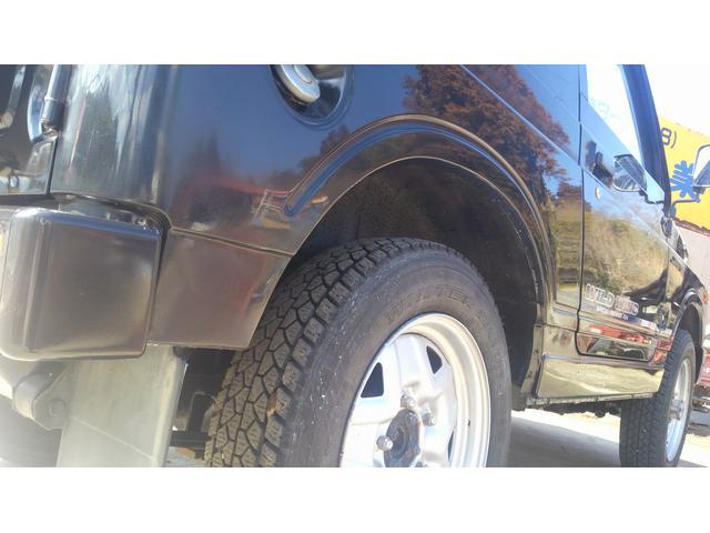 スタッフが自信を持って仕入れた車両です!納車前に自社工場での点検をさせて頂いてからのお渡しになります!