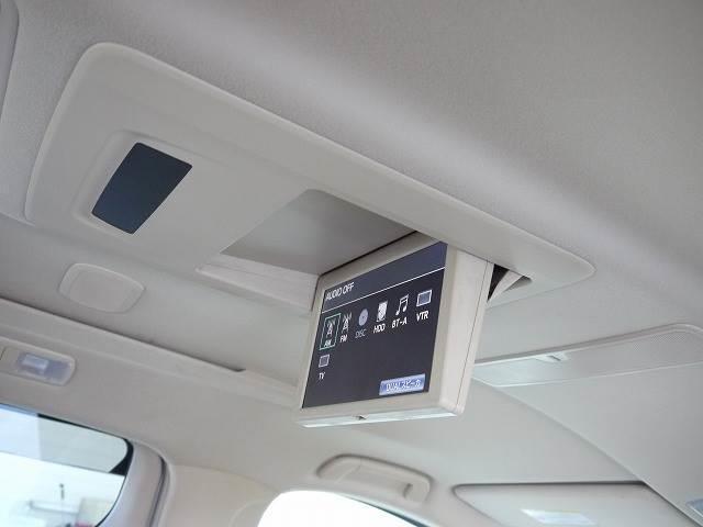 トヨタ ヴェルファイアハイブリッド V7人乗り4WD メーカーHDDナビ 後席M プレミアムS
