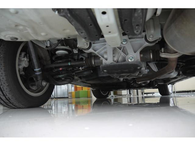 トヨタ ノア Si 4WD 寒冷地仕様 パワースライドドア ナビ Bカメラ