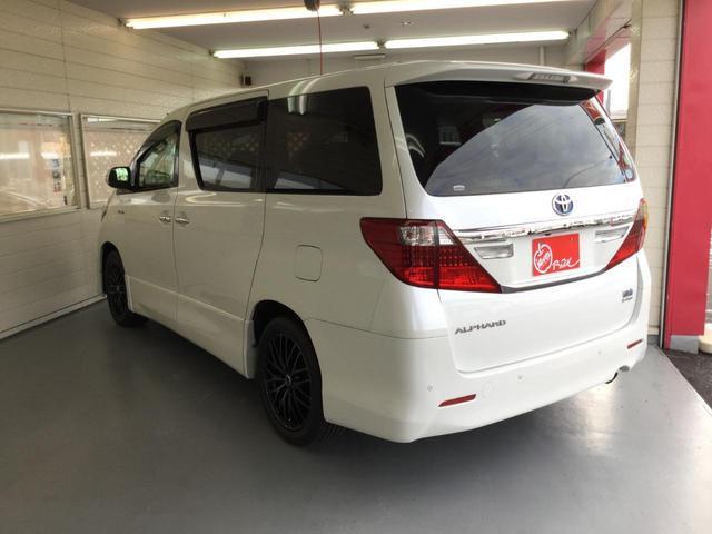 SR Cパッケージ 4WD サンルーフ レザーシート 純正ナビ フルセグTV バックビューカメラ 後席フリップダウンモニター 両側パワースライドドア パワーバックドア スマートキー プレミアムサウンドシステム クルコン(10枚目)
