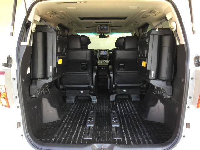 SR Cパッケージ 4WD サンルーフ レザーシート 純正ナビ フルセグTV バックビューカメラ 後席フリップダウンモニター 両側パワースライドドア パワーバックドア スマートキー プレミアムサウンドシステム クルコン(31枚目)