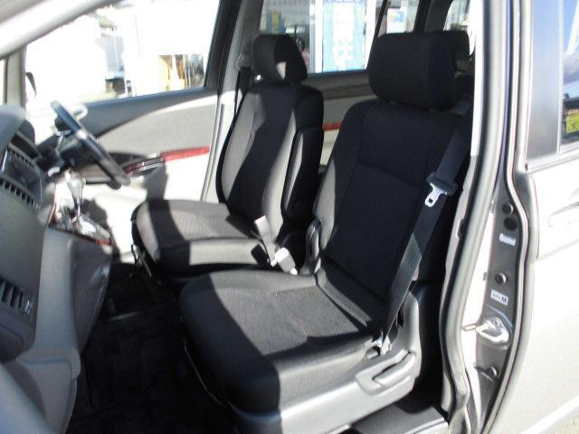 トヨタ アイシス プラタナ Gエディション HDDナビ 両側電動スライド