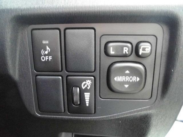 トヨタ プリウスPHV SSDナビ ブルーレイ ブルートゥース シートヒーター