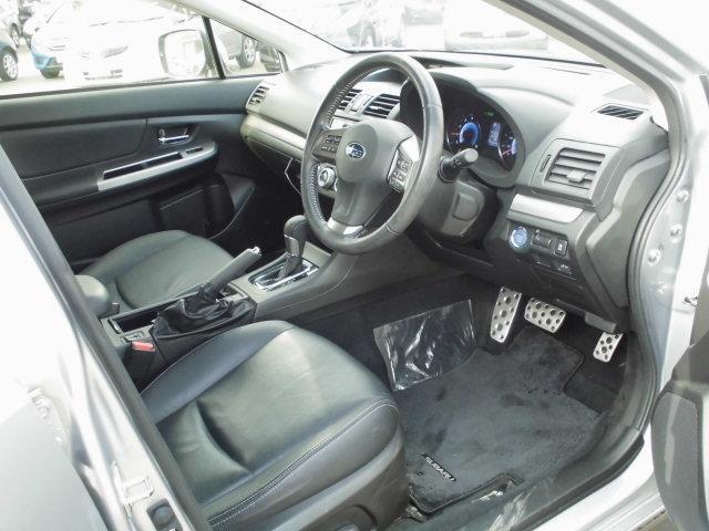 スバル インプレッサXVハイブリッド 2.0i-L アイサイト 4WD 電動レザーシート HID