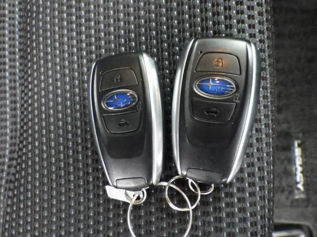 ベースグレード 4WD 当社買取車 禁煙車法人ワンオーナー 社外オーディオ CD USB AUX 衝突被害軽減システム クルーズコントロール スマートキー シートヒーター パワーシート シートメモリー レーンアシスト(32枚目)