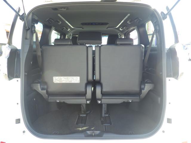 2.5Z Aエディション ゴールデンアイズ 4WD 11インチナビ 地デジ CD/DVD/BLUETOOTH バックカメラ ETC 衝突被害軽減装置 両側自動ドア クルコン コーナーセンサー LED フォグ アルミ(18枚目)